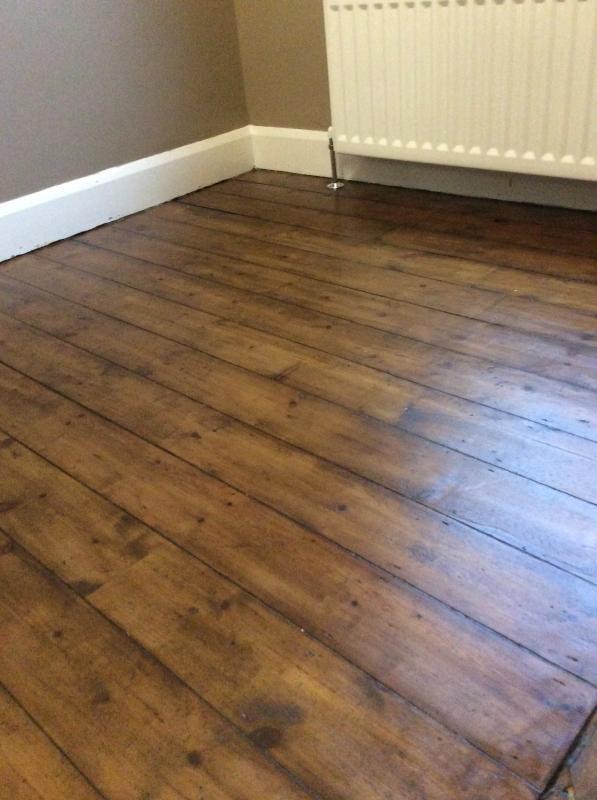 Varnish oak floor