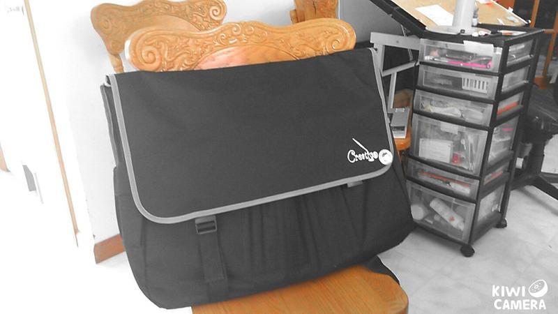 Messenger Style Art Bags - Creativo - Jerry's Artarama