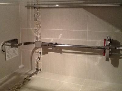 Colonne de douche avec robinetterie sensea luka leroy - Robinetterie salle de bain leroy merlin ...