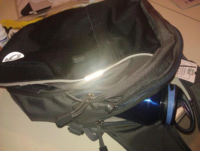 Osprey Veer Vertical Shoulder Bag Reviews 61