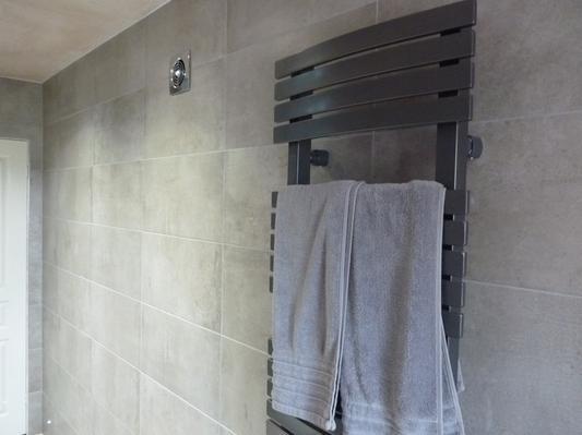 Tekno Grey Tile Topps Tiles