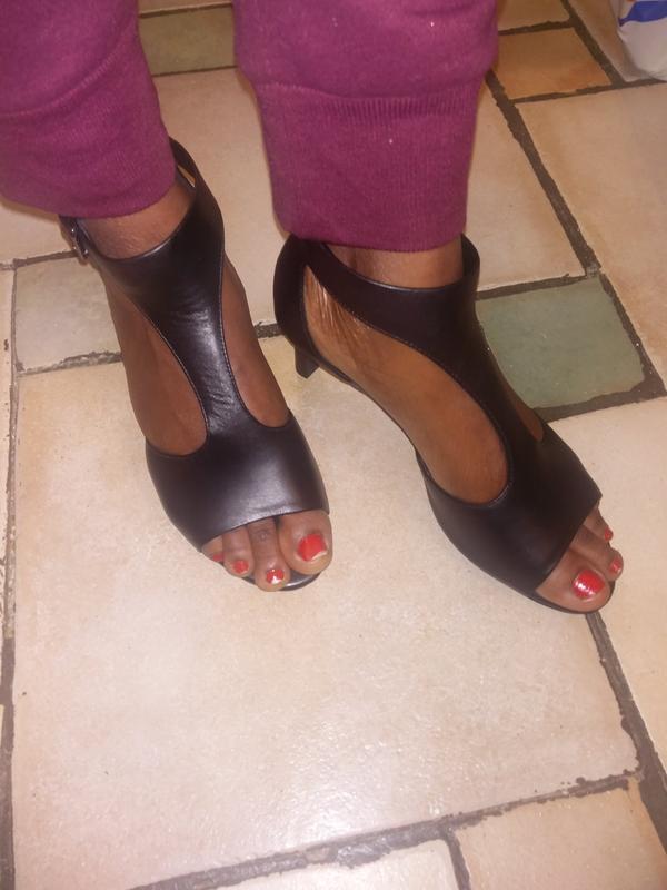 4e852323320e Laureti Star Black Leather - Womens Shoes - Clarks® Shoes Official ...