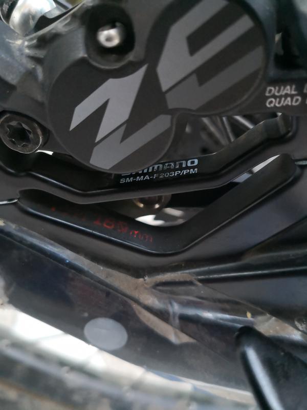 Shimano Deore XT frein à disque adaptateur SM-MA-f203S//P 203 mm Noir