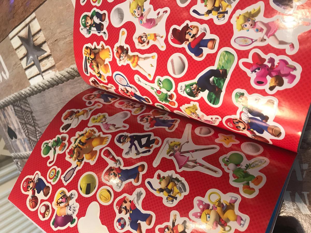 bol com | Super Mario Official Sticker Book, Steve Foxe