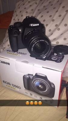 Canon EOS 1200D + 18-135 mm IS STM