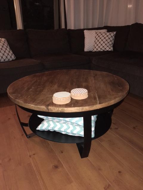 Ronde salontafel 70 cm brouwerijdehogestins for Ronde nachtkastjes