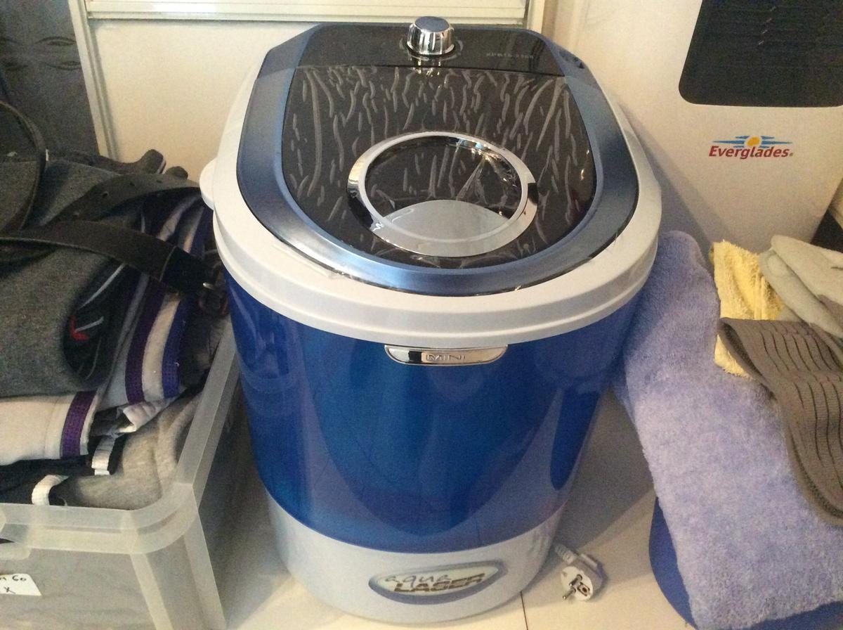 aqua laser mini wasmachine. Black Bedroom Furniture Sets. Home Design Ideas