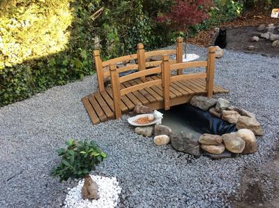 Maxx houten tuinbrug voor vijver met leuning for Hout voor vijver