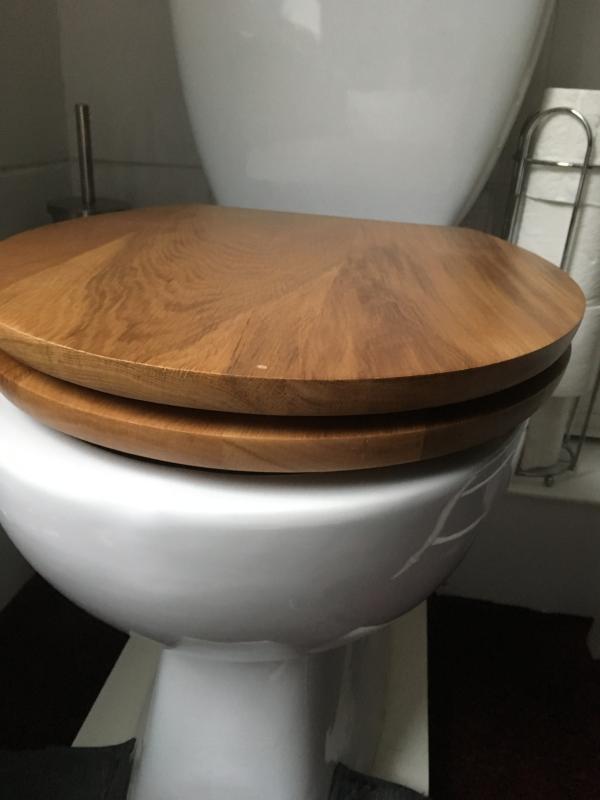Outstanding Cooke Lewis Cervia Natural Oak Effect Standard Close Toilet Seat Departments Diy At Bq Creativecarmelina Interior Chair Design Creativecarmelinacom