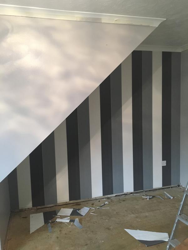 Horizontal Striped Wallpaper B Q