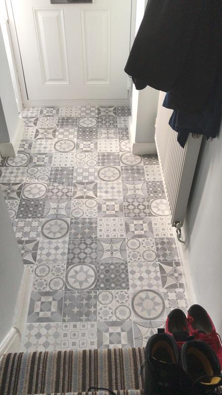 Lofthouse Grey Matt Stone Effect Ceramic Wall Floor Tile Pack Of 9 L 331mm W 331mm Departments Diy At B Q