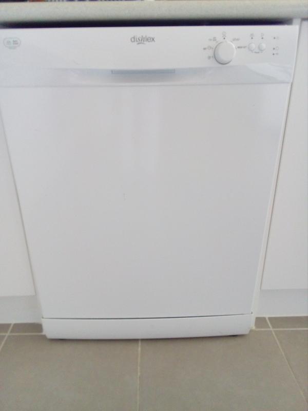 Freestanding dishwasher (DSF6106W) - Dishlex Australia