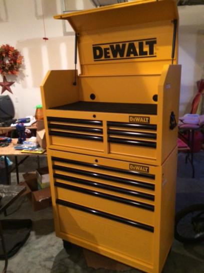 Dewalt 40 tool chest truck tool box with rails