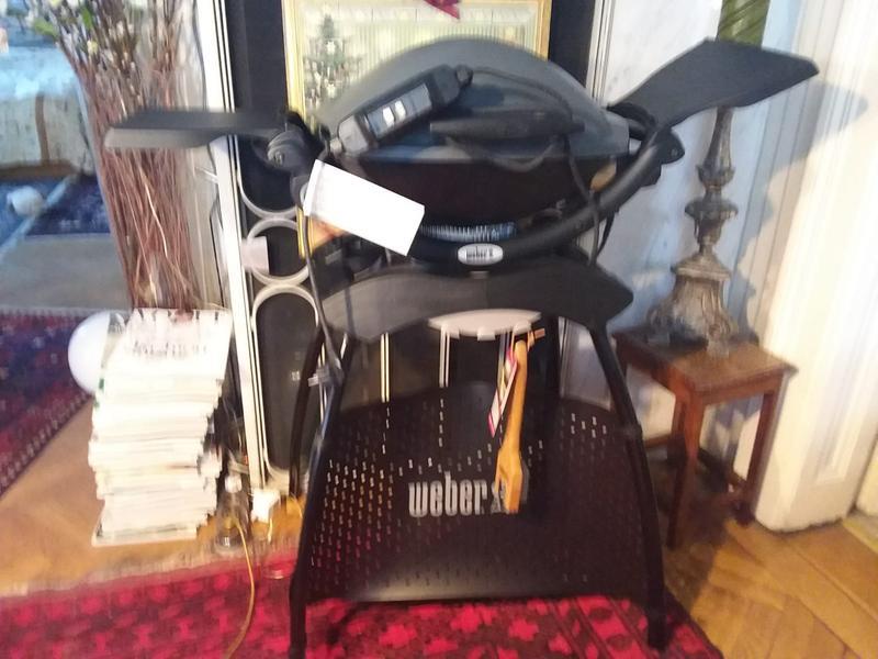 Weber Elektrogrill Fi Schalter : Weber elektrogrill q dark grey mit w kaufen bei obi