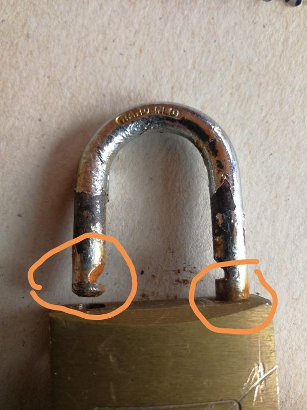 Zylinder-Vorhangschloss 217 Karat B.40mm Bügelst 6mm Ms.