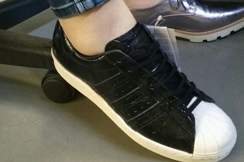 Adidas Superstar 80s Patent Black - Hers trainers c0bee05baaaa