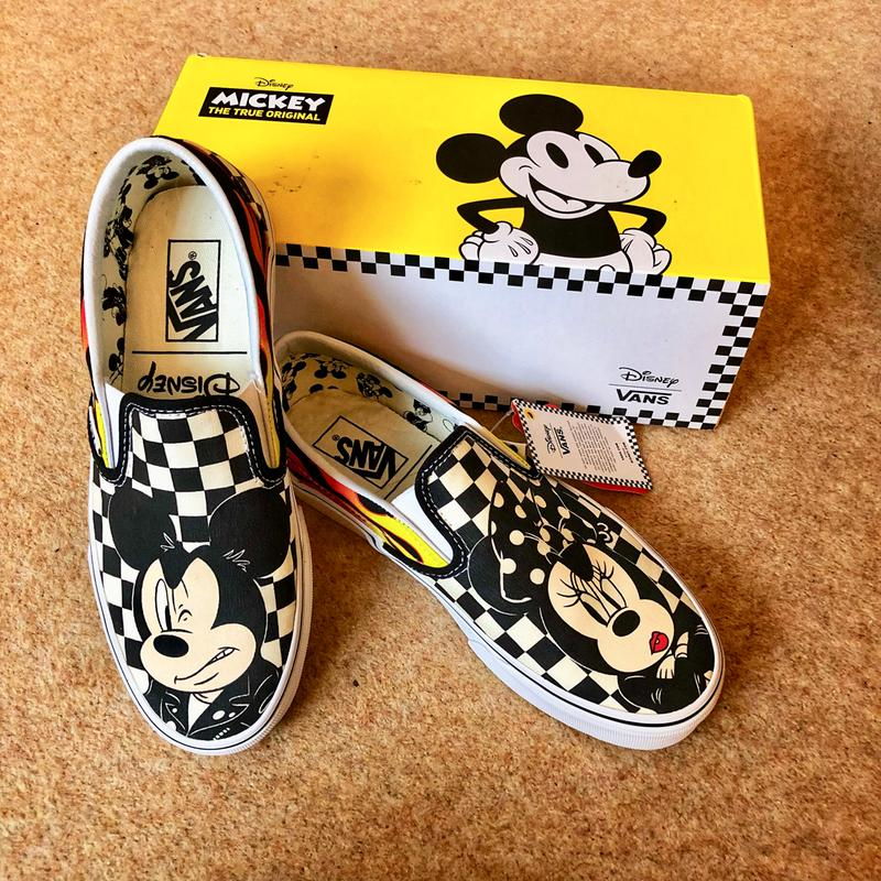 Review photo 1. Originally posted on Vans Classic Slip On MICKEY AND MINNIE  CHECKER FLAME DISNEY b1e250849