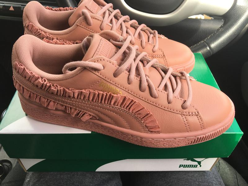 Basket Classic Frill Trainer - Pink Puma Low Cost Cheap Price New Lower Prices e5nmCTNy