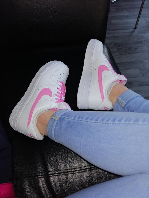 Nike Air Force 1'07 Trainers Womens White Psychic Pink
