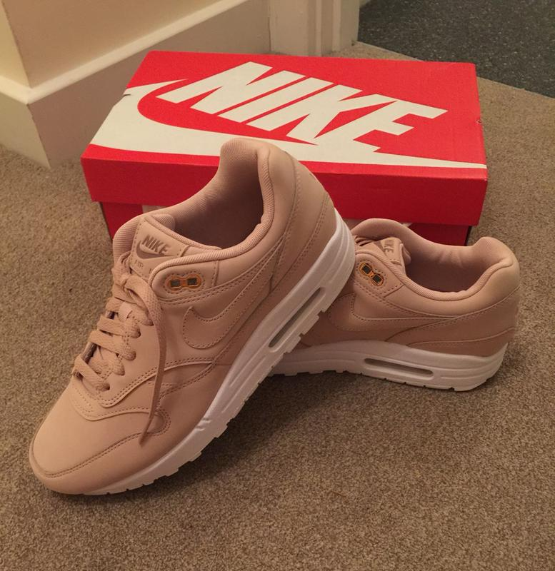 891045d1b1a Nike Air Max 1 Trainers Bio Beige White - Hers trainers