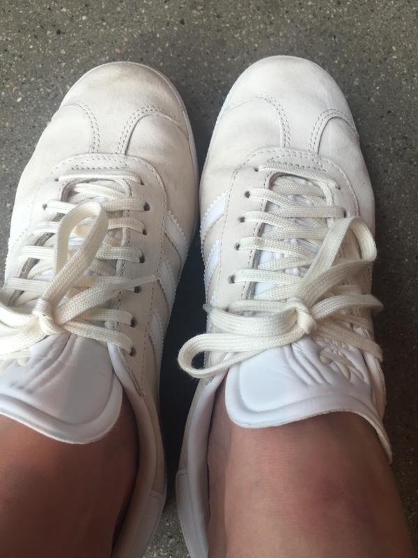 adidas gazelle off white womens