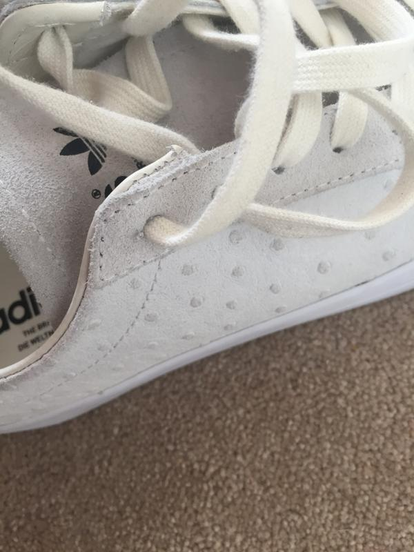 7fadf7a73f6b20 adidas Court Vantage W Off White Ostrich - Hers trainers