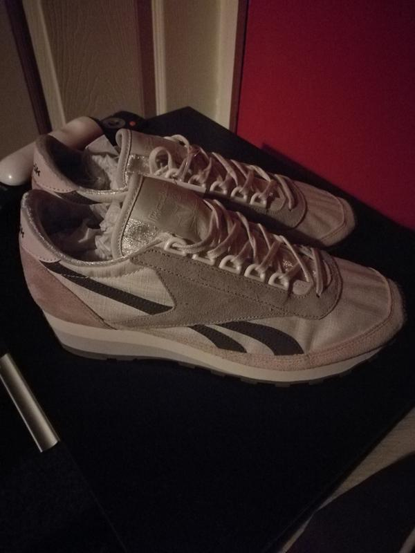 6cd5a0fc935 Reebok - new runners! Originally posted on Reebok Aztec Og SHELL PINK LILAC  ASH