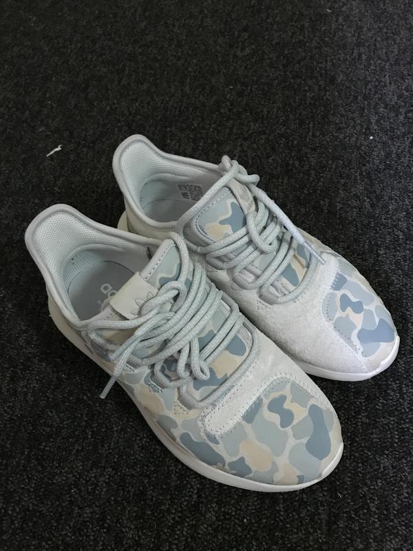 Adidas Camo Print unisex blanca sombra de tubular de instructores de deportes