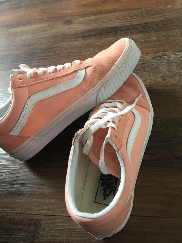 6a1a7dd114bd91 New shoes. Originally posted on Vans Old Skool TROPICAL PEACH WHITE