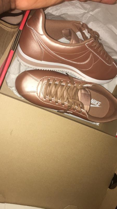 Nike Classic Cortez Og Metallic Rose Gold - Hers trainers 83f76fcb9e