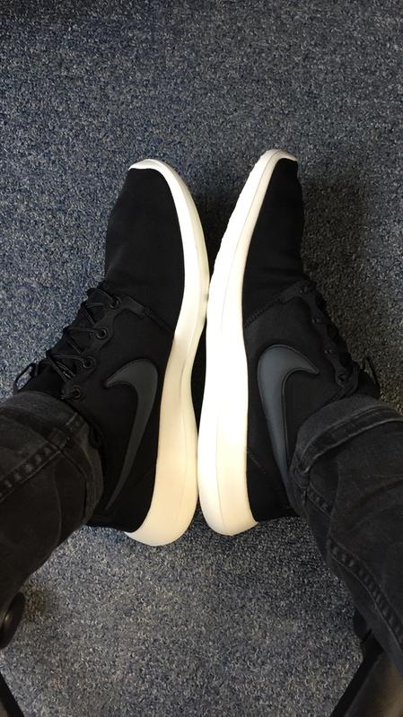 1b5d6d5b3f140 Nike Roshe Run Two Black Anthracite Sail - His trainers