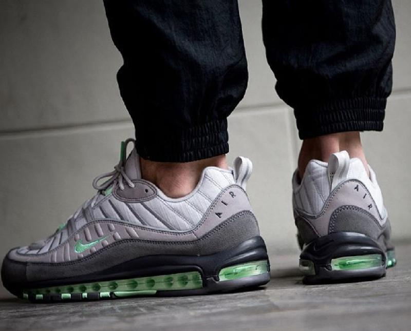 Nike Air Max 98 Trainers Vast Grey Fresh Mint Atmosphere Grey
