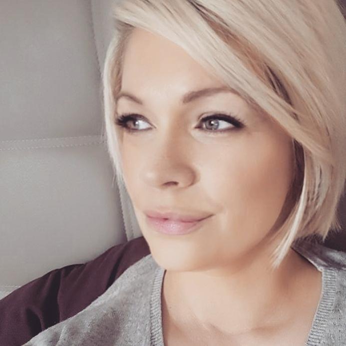 Braun blonde haare blaue augen weiblich - Beliebte