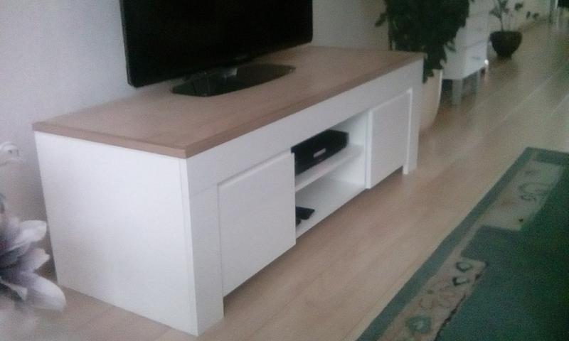 Witte Kast Leenbakker : Tv meubel wit hoogglans leenbakker ≥ tv meubel leen bakker fleur