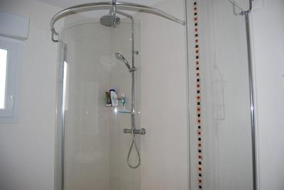 Colonne de douche avec robinetterie sensea logico plus - La douche perigueux ...