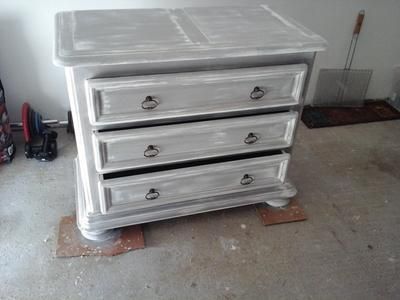 Peinture effet base cas ine mat profond liberon for Technique peinture meuble