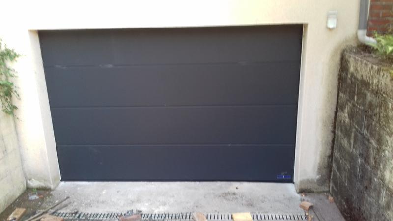 Porte De Garage Sectionnelle Motorisée Hormann H200 X L240 Cm