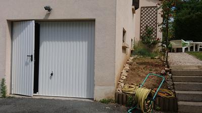 Porte De Garage Manuelle Débordante Avec Portillon à Droite H 200 X L 237 Cm