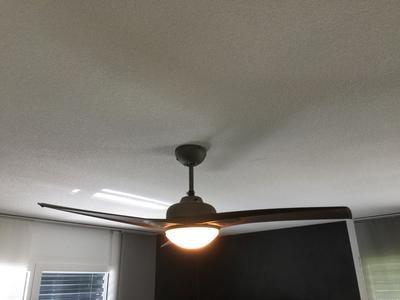 ventilateur de plafond guillin inspire anthracite 42 w leroy merlin. Black Bedroom Furniture Sets. Home Design Ideas