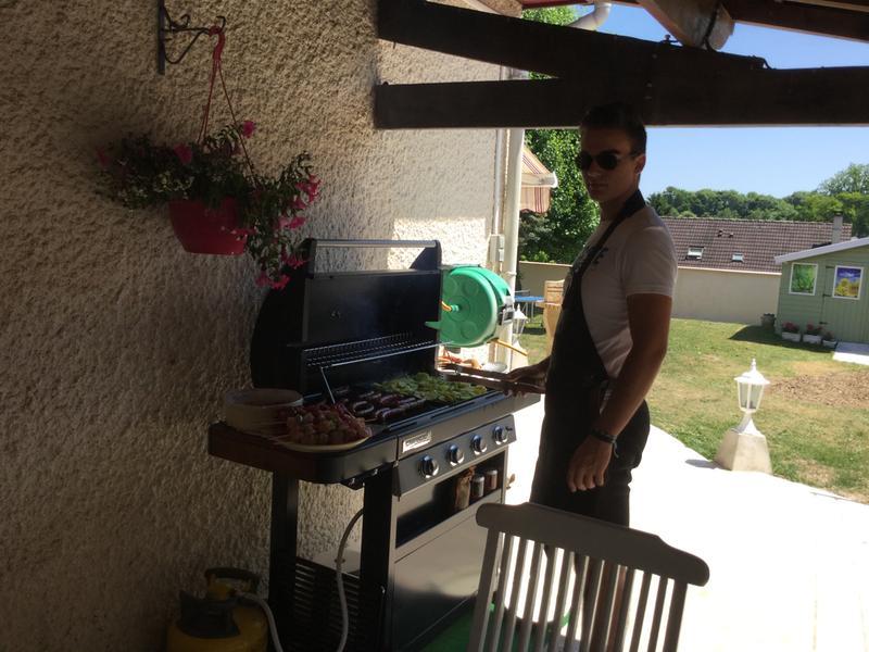 Barbecue et plancha au gaz campingaz classic wld noir bois leroy merlin - Barbecue plancha gaz leroy merlin ...