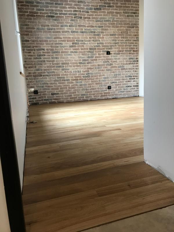 vitrificateur parquet passages extr mes v33 5 l incolore leroy merlin. Black Bedroom Furniture Sets. Home Design Ideas