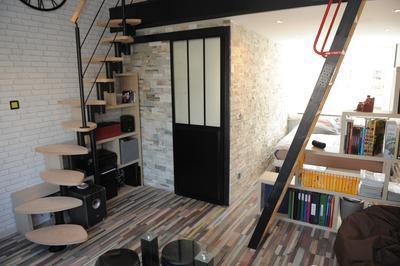 Porte coulissante aluminium noir atelier verre givr - Porte coulissante atelier leroy merlin ...