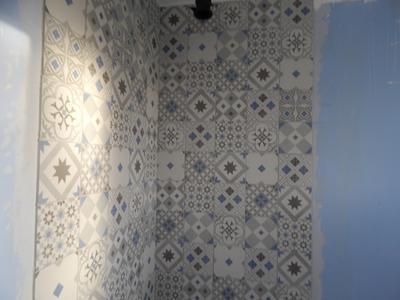 Carrelage sol et mur gris et bleu effet ciment gatsby for Carrelage gatsby point p