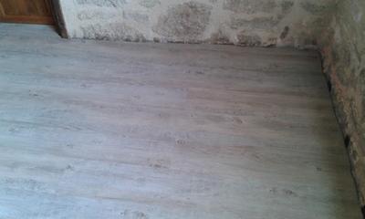 joint de finition pour plinthes parquets et stratifi s 3m gris moyen 310 ml leroy merlin. Black Bedroom Furniture Sets. Home Design Ideas