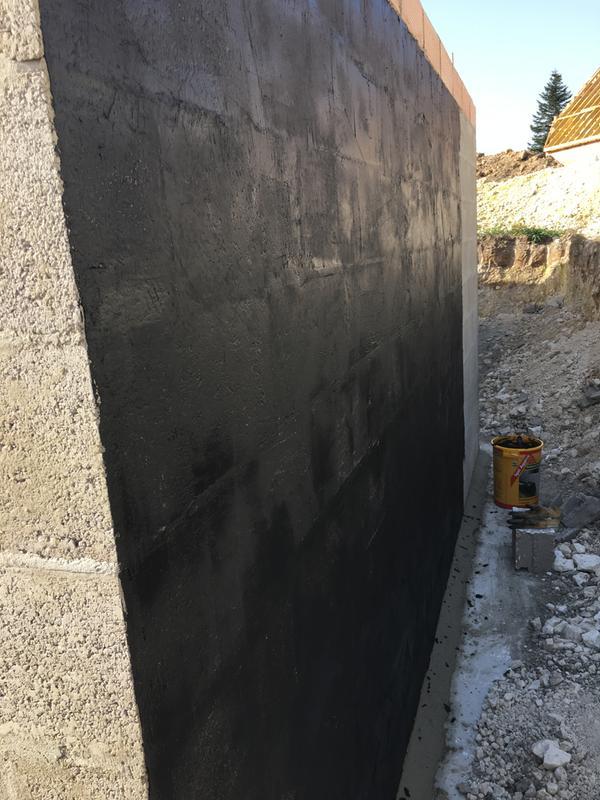 enduit de fondation sika igol agglos 25 kg noir leroy merlin. Black Bedroom Furniture Sets. Home Design Ideas