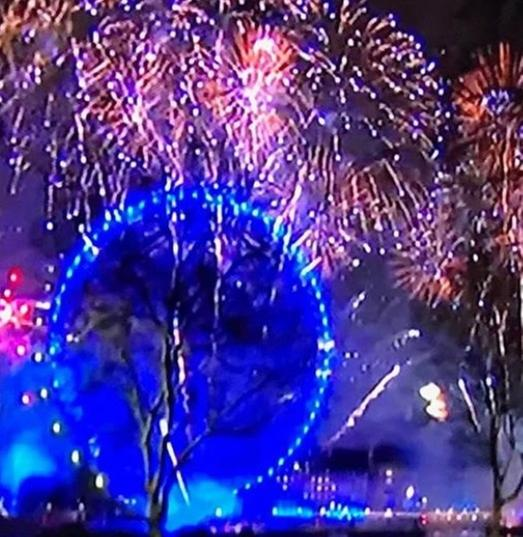 Images new years eve fireworks london eye 2020 liverpool