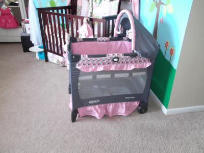 Graco Travel Lite Crib With Stages This Is So Much More