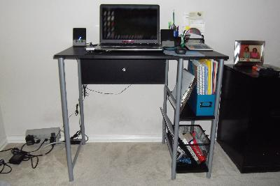 Mainstays Basic Student Desk, Multiple Colors   Walmart.com