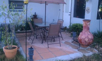Mainstays Sand Dune 6Piece Folding Patio Dining Set with Umbrella