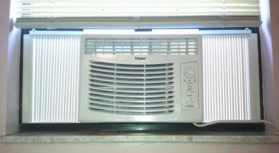 haier hwf05xc3 wiring diagram window unit haier the haier hwf05xcl 5 000 btu 115v window mounted air conditioner on haier hwf05xc3 wiring diagram